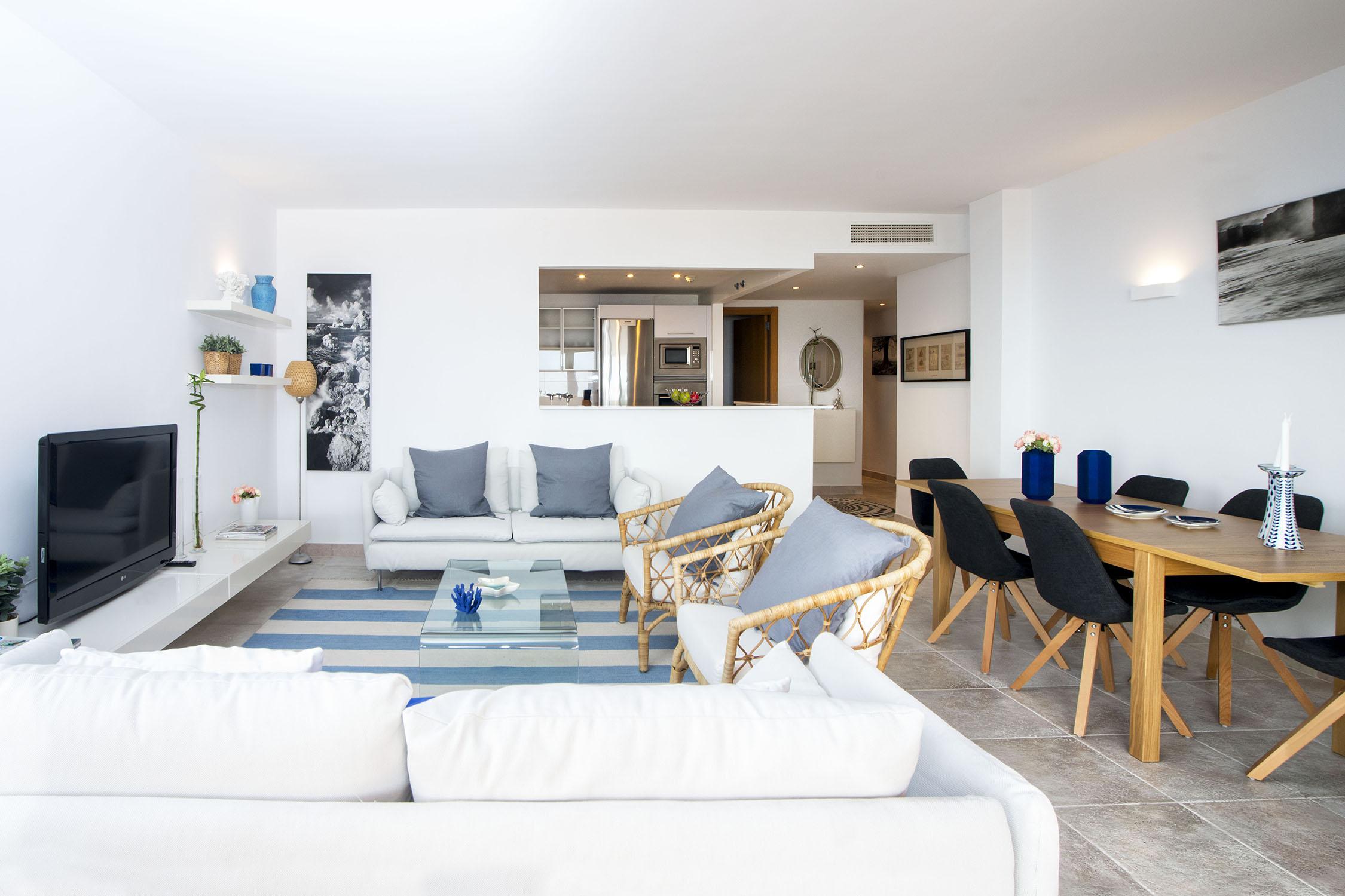 Apartments El Higueron